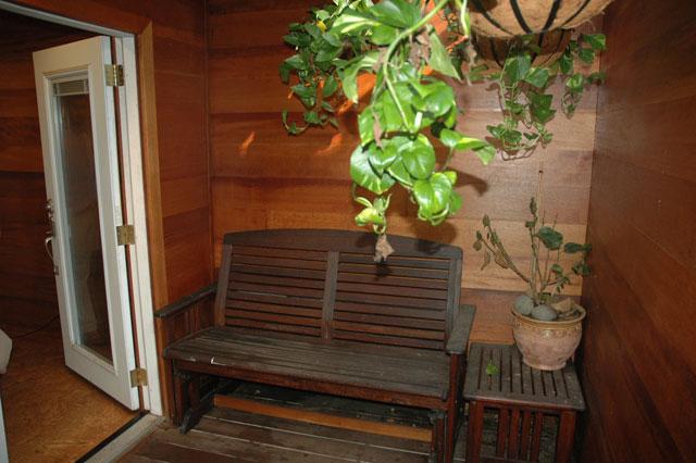 Guest bedroom patio